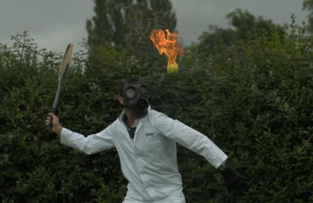 Slow-motion: tennis met vuur