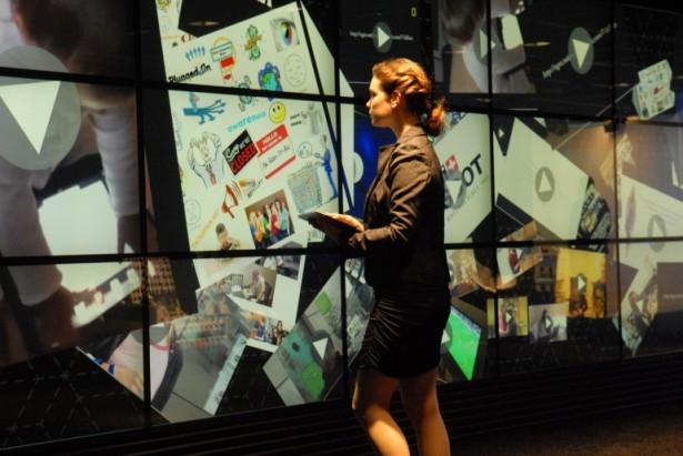 De grootste multi-touch muur ter wereld