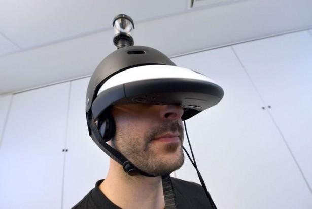Deze helm laat je 360 graden om je heen kijken