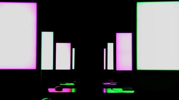 Een lichtshow met iMacs