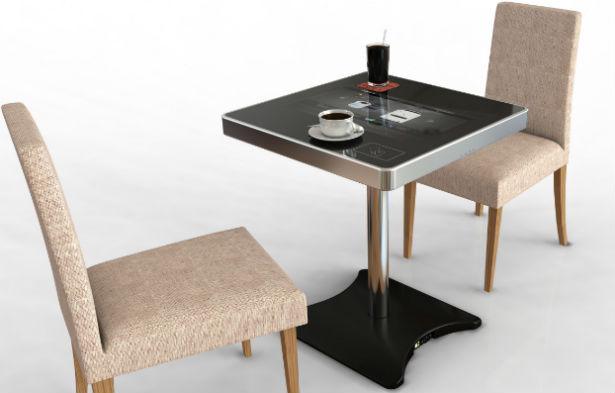 Tafel met touchscreen voor in cafés
