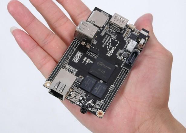 CubieBoard: minicomputer voor een prikkie