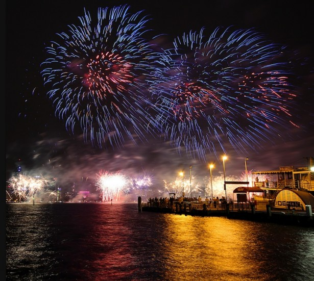 Prachtige long exposure foto's van vuurwerk