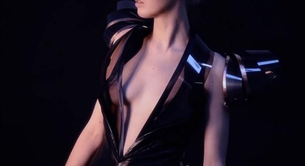 Deze jurk wordt doorzichtig als je opgewonden raakt