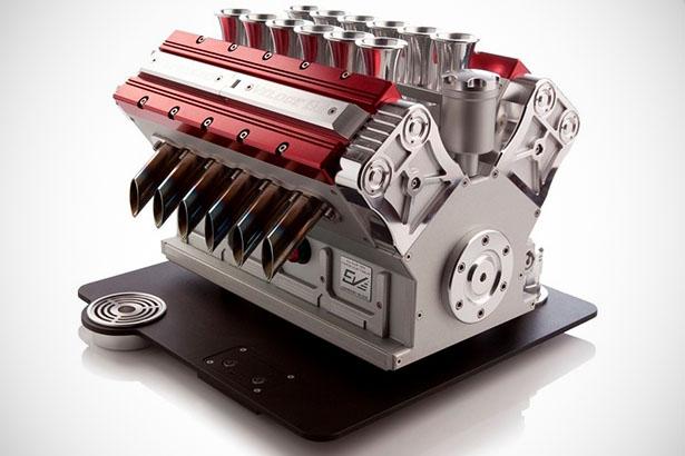 Espressomachine is geïnspireerd op V12 motor