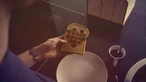 Image Toaster versiert boterhammen met Google Images