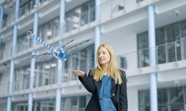 Deze robot vliegt als een libelle