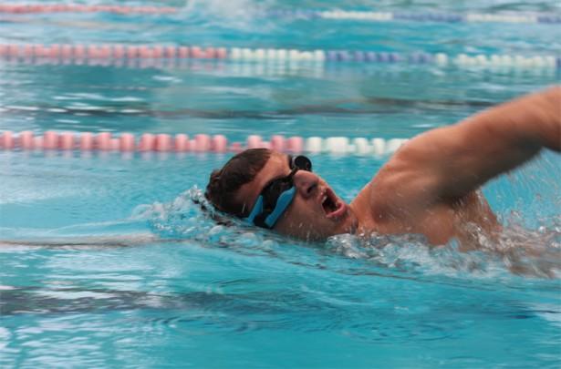 Slimme zwembril houdt jouw prestaties bij