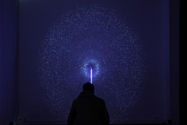 Interactieve installatie zet geluid om in lichtshow