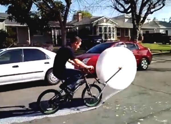 Bubble Wrap Bike: de meest belachelijke fiets ooit