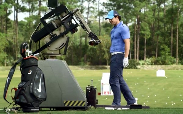 Grofgebekte robot is goed in golf
