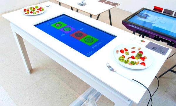 Met de interactieve Pixelate tafel wordt eten een spelletje