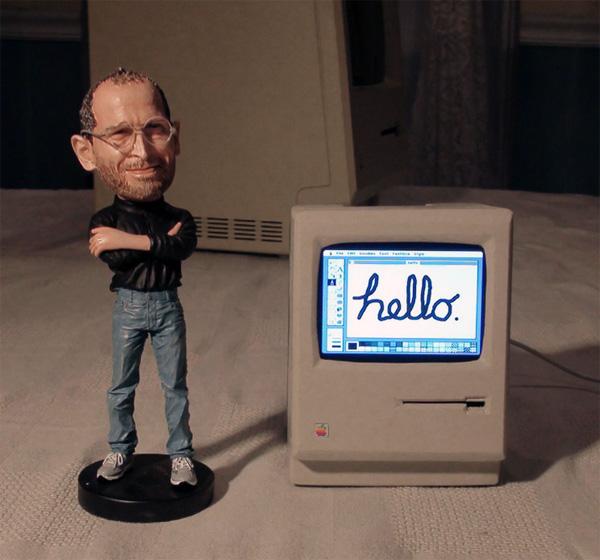 Een werkende miniatuurversie van de originele Macintosh