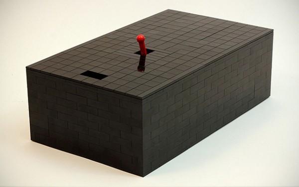 De meest nutteloze LEGO-machine ooit