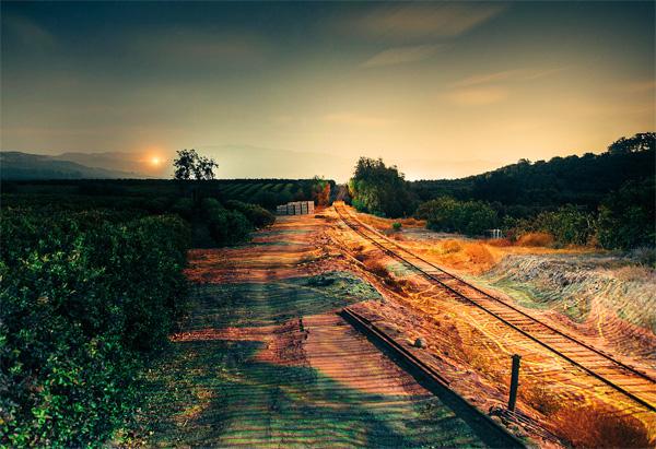 Light Echoes trein laat een beeldschoon spoor van licht achter