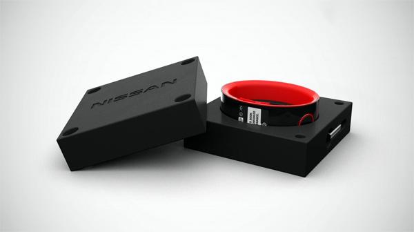 nissan-slim-horloge-nismo3