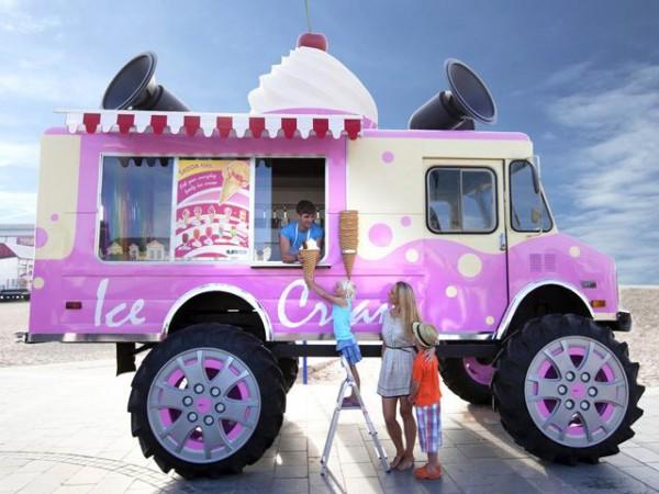 Maak kennis met Skoda's monsterlijke ijscowagen