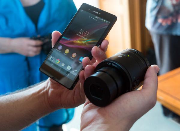 Sony QX10 en QX100: externe cameralenzen voor je smartphone