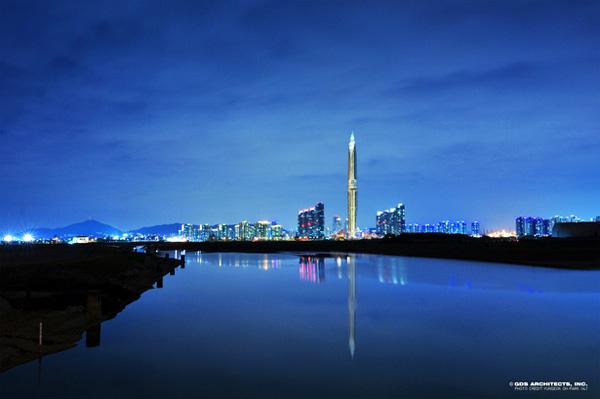 Deze Koreaanse wolkenkrabber kan zichzelf onzichtbaar maken