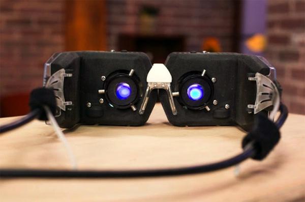 Deze revolutionaire bril projecteert licht op je netvlies