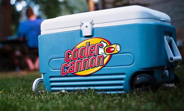 Cooler Cannon: koelbox en blikjes-kanon in één
