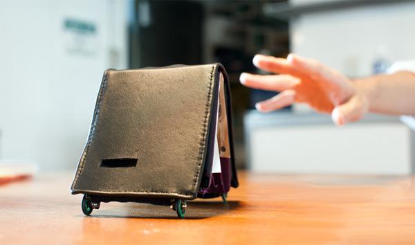 Living Wallet: een portemonnee die het praktisch onmogelijk maakt om geld uit te geven