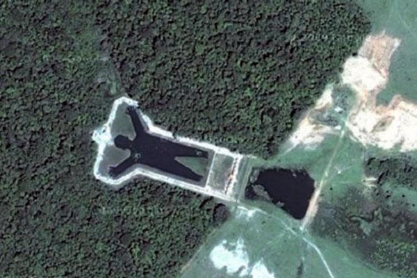 Tien bijzondere locaties op Google Earth in één video