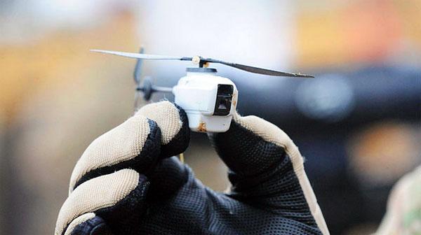 Oorlog 2.0: minuscule vliegende robots om de vijand mee te bespioneren