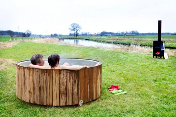 dutchtub-wood-jacuzzi2