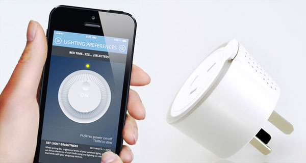 Plugaway: een slimme stekker die in verbinding staat met je smartphone