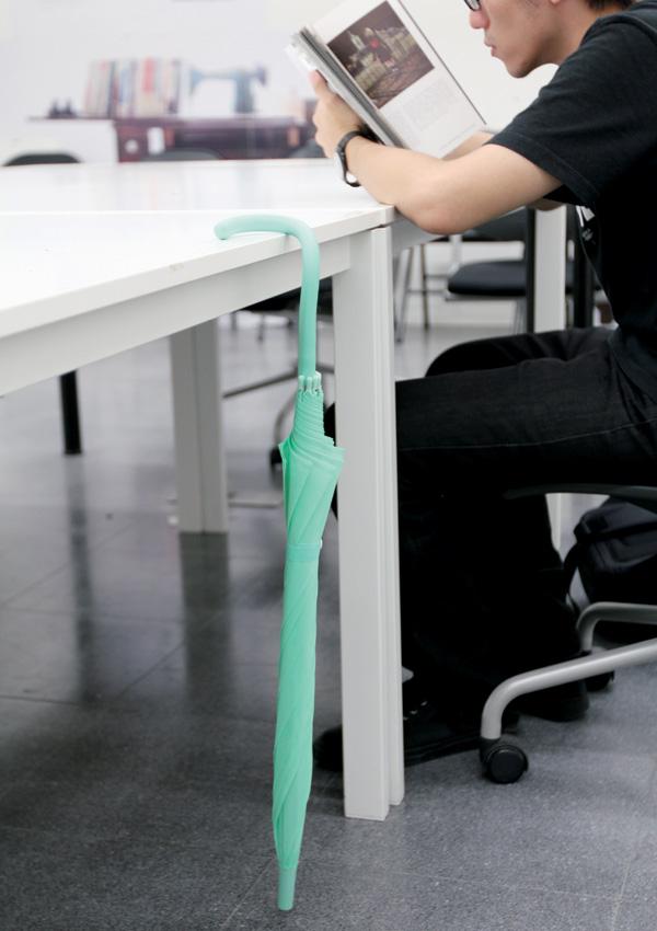 Flexibler: een simpele aanpassing maakt van deze paraplu een briljante uitvinding