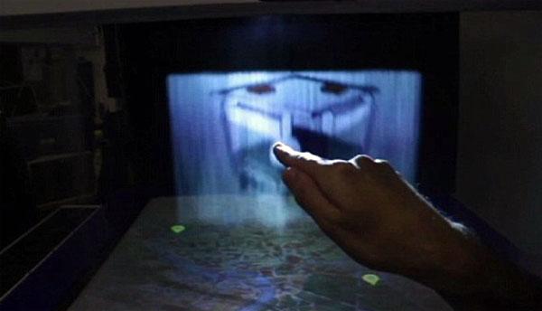 MisTable: een tafel met een touchscreen van mist
