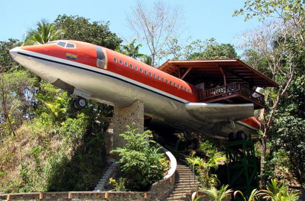 Een oude Boeing 727 als hotelkamer
