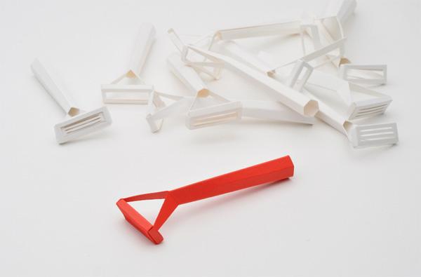paper-cut-razor4