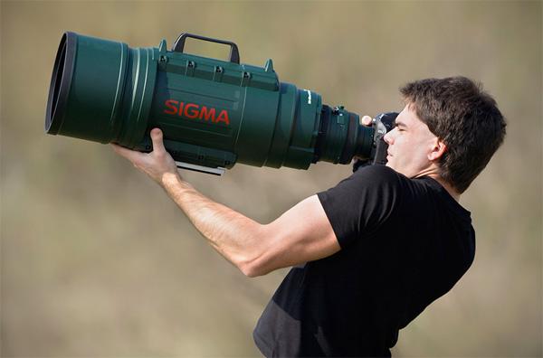 Zit er een lens in je broekzak, of ben je gewoon blij om me te zien?