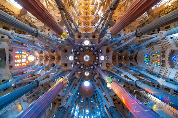 Deze bijzondere timelapse toont Barcelona op zijn mooist