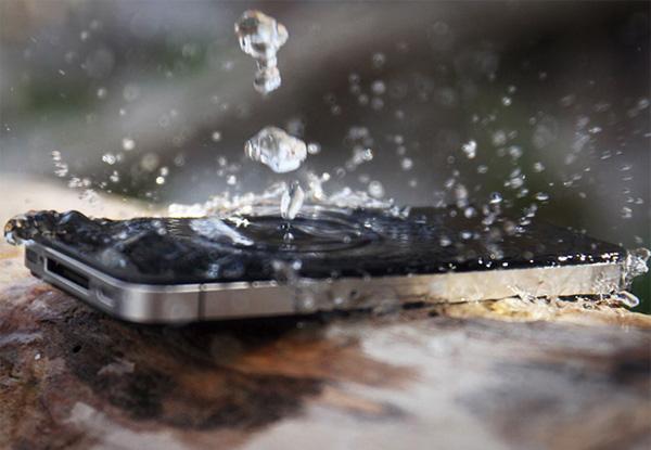 Maak je smartphone of tablet volledig waterdicht met de Impervious spray
