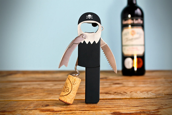 Open je wijn in piratenstijl met de Legless Pirate Corkscrew