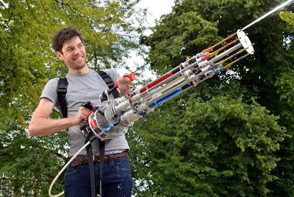 Met dit watermachinegeweer ben je de baas in ieder watergevecht