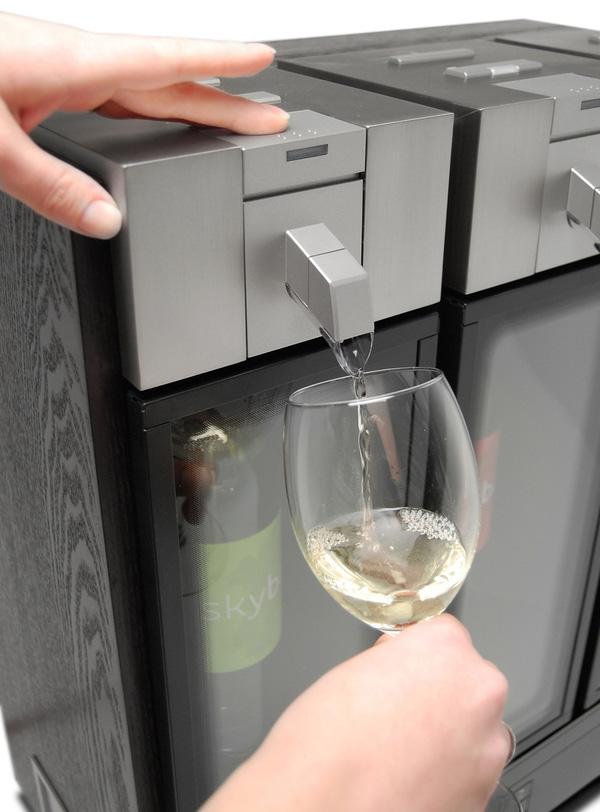 wine-preservation-system-skybar2