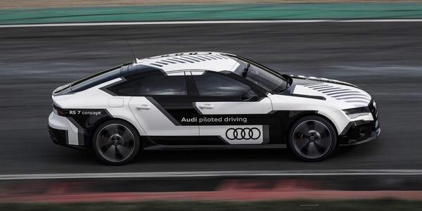 Audi RS7: de snelste zichzelf besturende auto ter wereld