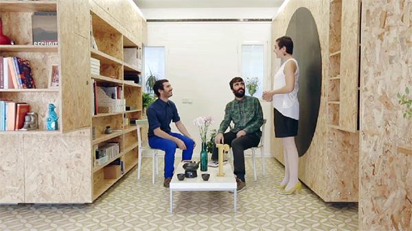 Schuivende muren maken dit bijzondere appartement multifunctioneel