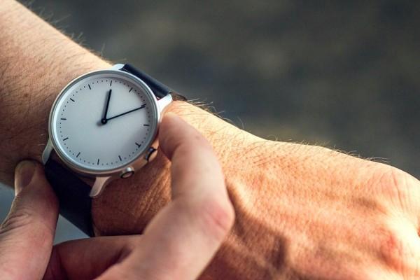 Nevo: een smartwatch die ergens op slaat