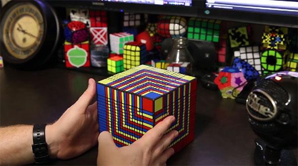 Zo los je de moeilijkste Rubiks' Cube ter wereld op