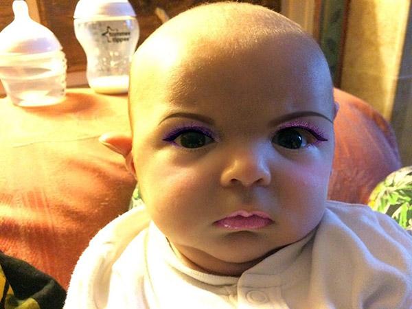 baby-makeup-app4