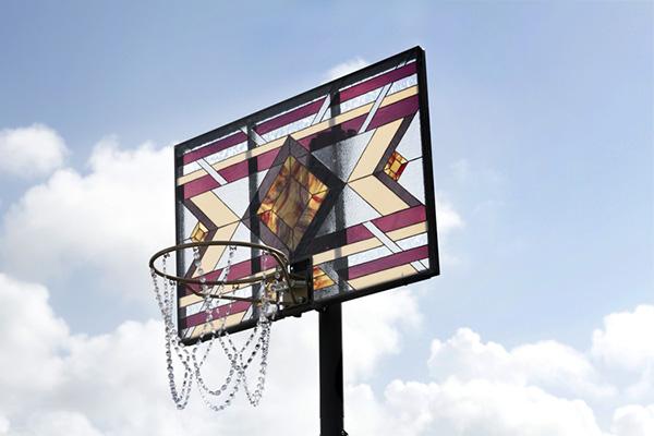 Fancy: glas in lood basketbalborden