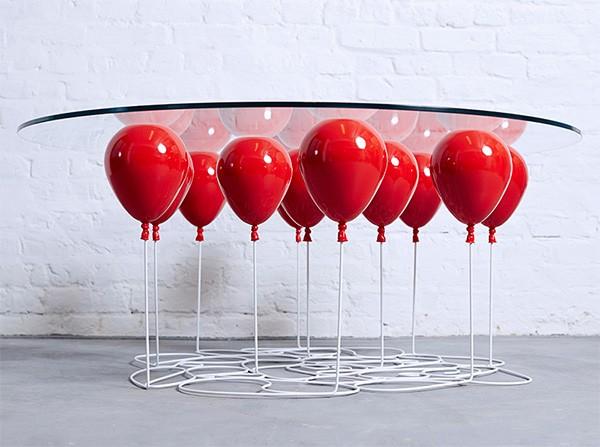 Up Balloon: de tafel die je voor de gek houdt