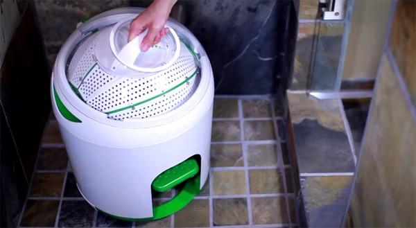 Drumi: de draagbare wasmachine die geen elektriciteit verbruikt