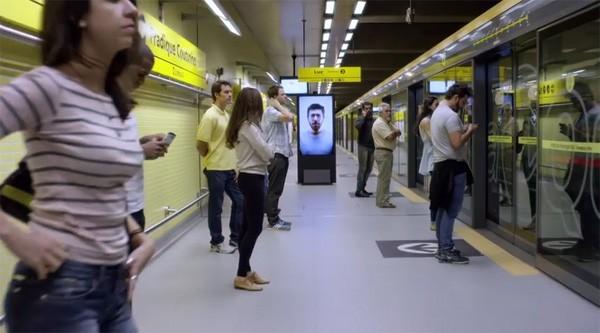 Contagious Billboard: een reclamecampagne waar je van moet gapen