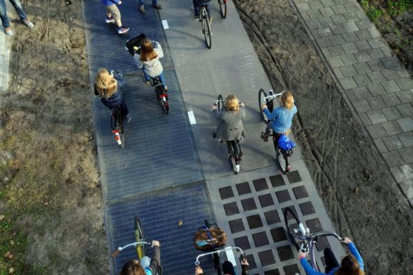Het Nederlandse fietspad met zonnepanelen doet het beter dan verwacht